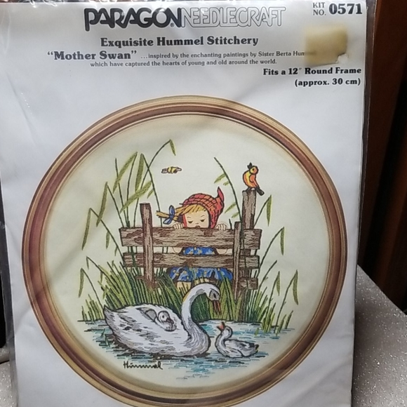 Paragon Other - Paragon Hummel Embroidery Kit 1976